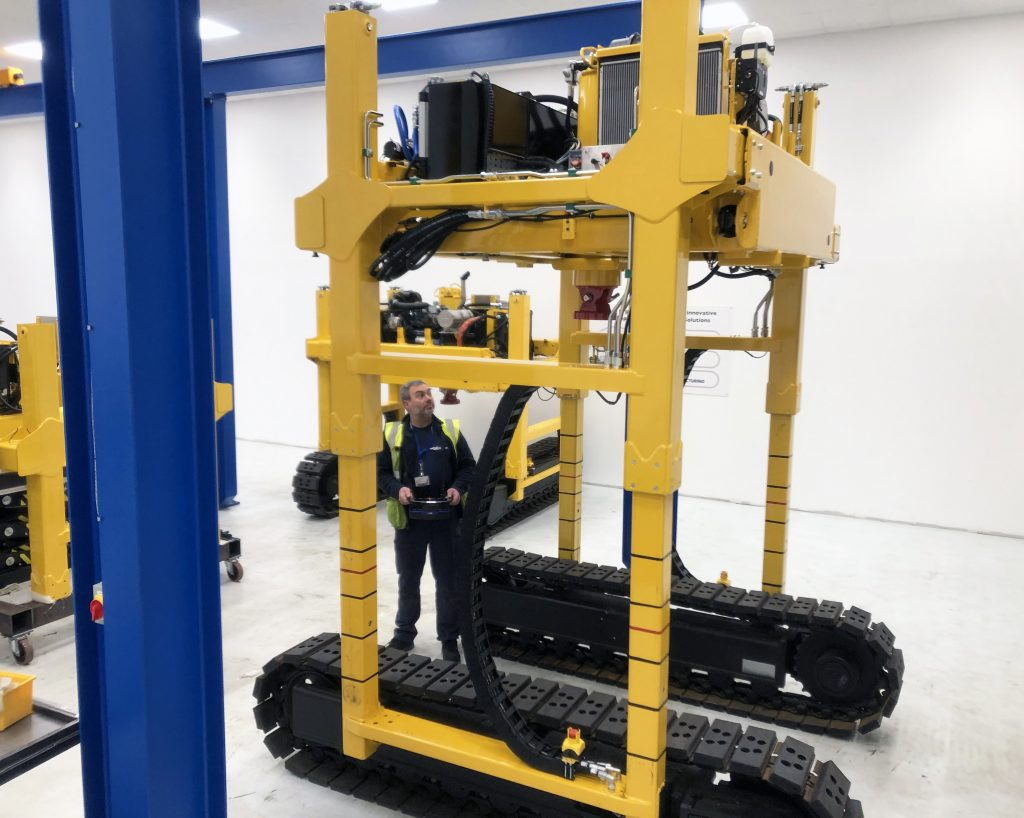Panel Lifter Manufacture 1